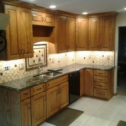 Peterson-Darrel-Pat-Traditional-Painted-Kitchen-006-1024x838