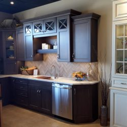 Gray-transitional-kitchen-1024x768