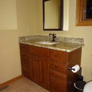 Hay-Traditional-Bathroom-2014-06-768x1024