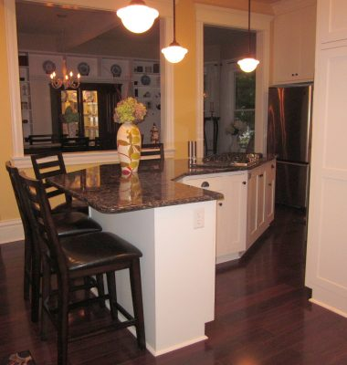 Pickering-Traditional-Painted-Kitchen-14